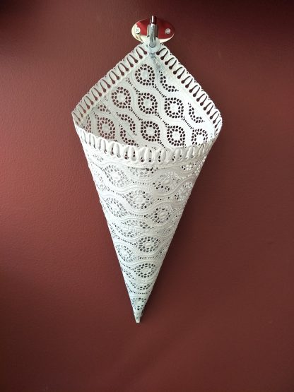 Lace Look Cone Hanging Planter